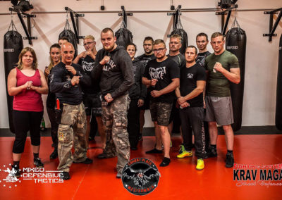 mixed_defensive_tactics_class_germany_krav_maga